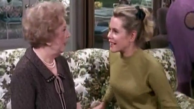Bewitched S03 - Ep15 A Gazebo Never Forgets HD Watch