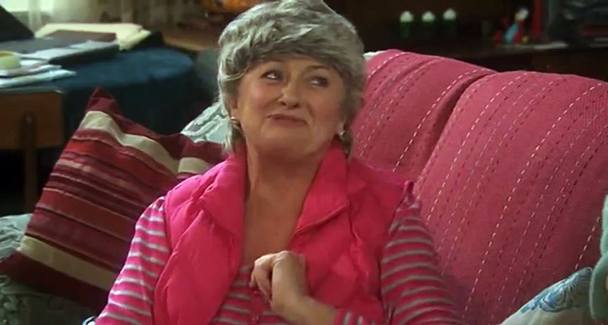 Mrs Brown Christmas 2021 Online Free Mrs Brown S Boys S01 Ep02 Mammy S Secret Hd Watch Video Dailymotion
