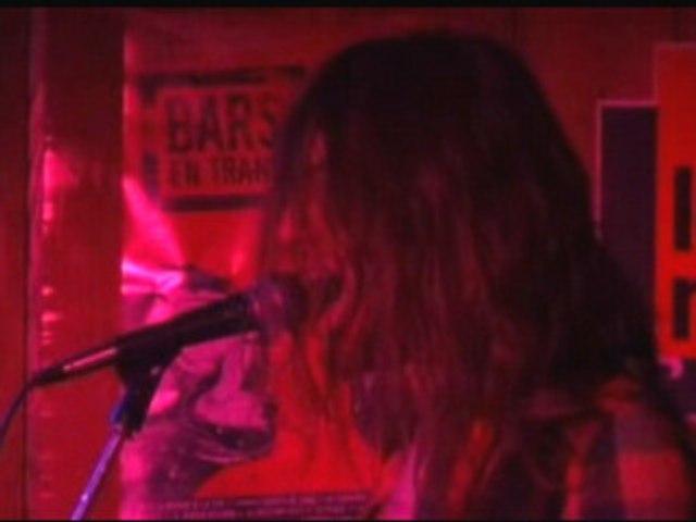 GENJINI LIVE BARS EN TRANS TY ANNA TAVARN // LA MARMITE
