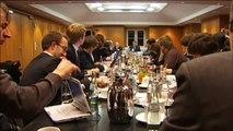 KORRUPTE POLITIKER und Josef ACKERMANN Demokratie Banken LOBBYISMUS EURO KRISE Geld Hochfinanz