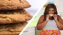 """Watch """"Nailed It"""" Star Nicole Byer Hilariously Struggle To Bake Chocolate Chip Cookies"""