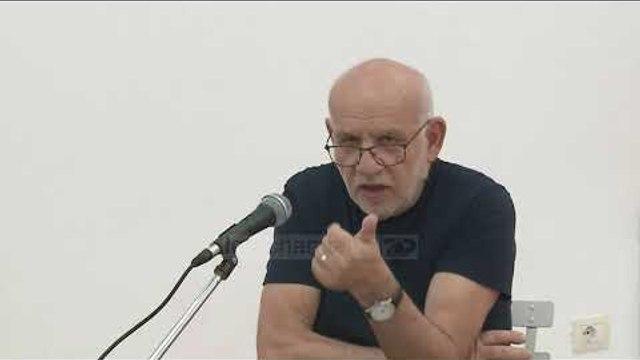 Piktori rrëfen artin e tij në diktaturë dhe demokraci  - Top Channel Albania - News - Lajme