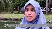 Jugar fútbol 'freestyle' con velo islámico