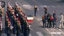 Unübersehbare Farbenpanne am französischen Nationalfeiertag