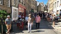 Vendeurs et chineurs dans la Haute-Ville ce dimanche 15 juillet
