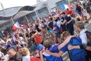 Défilé dans les rues de Génelard après la victoire de la France