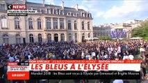 """Emmanuel Macron s'adresse au Bleus sur les marches de l'Elysées: """"N'oubliez jamais d'où vous venez"""" - Vidéo"""