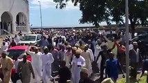Tel qu'annoncé par le Juwa hier, la manifestation pour dénoncer la mise en résidence surveillée de leur président d'honneur a eu lieu ce vendredi après la prièr