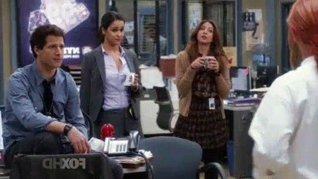Brooklyn Nine-Nine S01E06 - Halloween