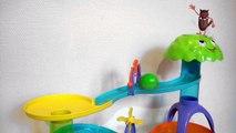 Apprendre aux enfants les Couleurs avec un jeu de balles (Learn Colours with a toy balls for kids)