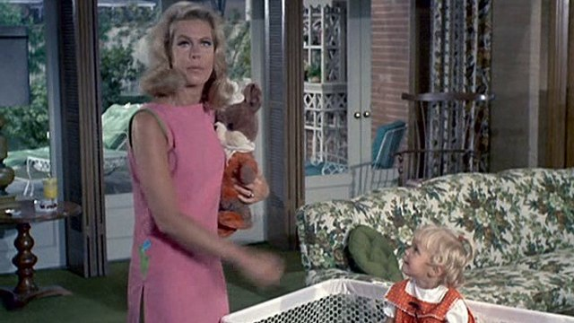 Bewitched 3x06 - Endora Moves In For A Spell