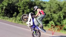 Extreme Freestyle Street Bike STUNTS + ACCIDENTS On Highway MIDDLE OF THE MAP RIDE 2013 Stunt Bikers