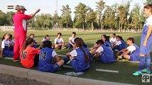 Эти дни все болеют футболом. Не только мальчики, кстати, но и девочки тоже. Вот почему мы решили  на волне всеобщих футбольных страстей сделать небольшую истори