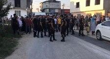 Kaçak Motosikletlinin Yakınları ile Polis Arasında Kavga: 3'ü Polis 4 Yaralı