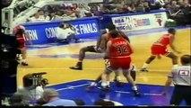 Michael Jordan - Scottie Pippen vs Patrick Ewing, playoffs 1993,bulls vs knicks game 5