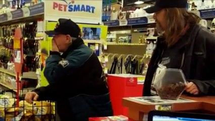 États-Unis : après avoir été hospitalisé, un vétéran a la surprise de sa vie quand il récupère ses chiens