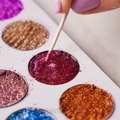 30 DIY MAKEUP ITEMS YOU CAN EASILY MAKE YOURSELF AND SAVE SOME MONEY