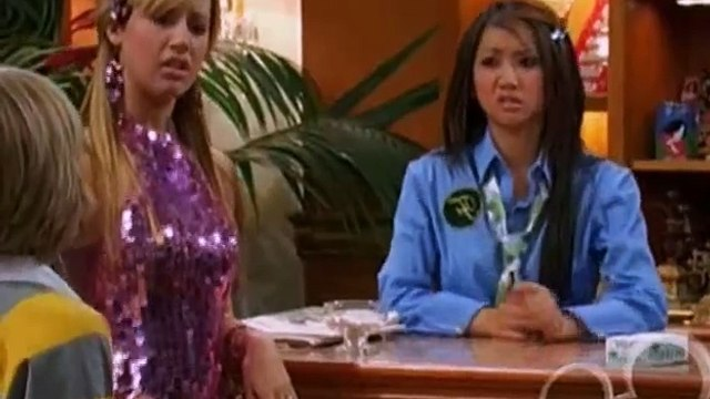 The Suite Life of Zack and Cody S02 - Ep15 The Suite Smell of Excess HD Watch