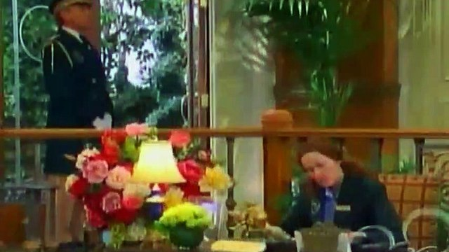 The Suite Life of Zack and Cody S02 - Ep20 That's So Suite Life of Hannah... HD Watch