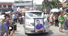 Ratusan penduduk 'iringi' mendiang Eddie Ng untuk disemadi