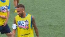 PSG - Neymar perd les pédales lors d'un foot à 5