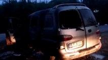 Alev alev yanan minibüs küle döndü