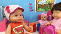 Baby doll  hello kitty como colocar ropa y accesorios de muñecas bebes nenuco en armario Lola