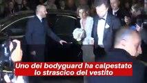 Matrimonio Cracco, il vestito della sposa si strappa improvvisamente (VIDEO) - Notizie.it