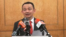 Maszlee: University heads who delve into politics will be axed