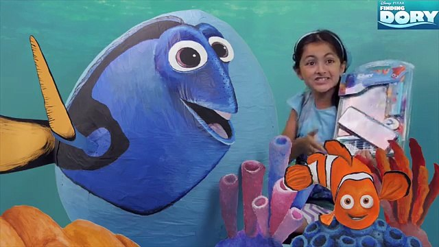 Giant Disney Finding Dory Toy Surprise Eggs Giant Toy Surprises Mashems Dory Nemo Hank She