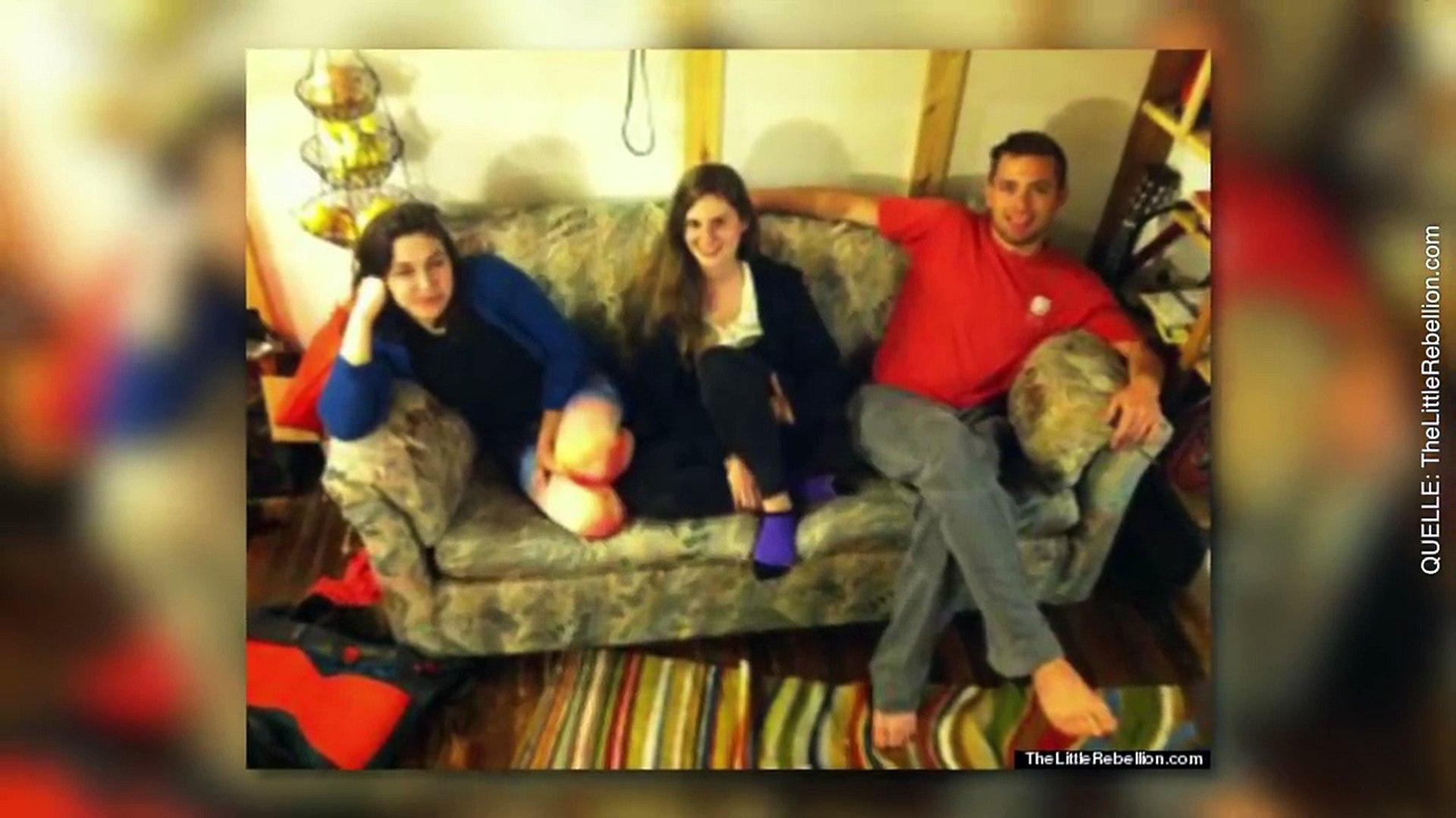 Studenten kaufen ein Sofa für 20 Dollar, aber was sie darin finden ist unglaublich