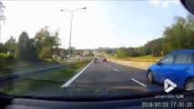 Chauffard à moto, il se prend une voiture !