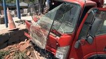Sarıyer'de kontrolden çıkan kamyonet dehşet saçtı... Polis sürücüyü kelepçeledi