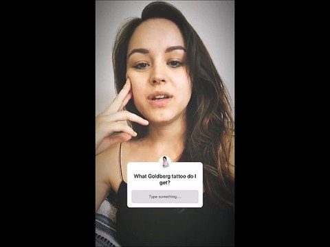 Hayley Orrantia Is Starting The Goldbergs Season 6   - Instagram Stories 29-07-2018