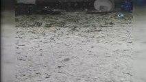 Ardahan'da Etkili Olan Dolu Yağışı Kenti Beyaza Bürüdü