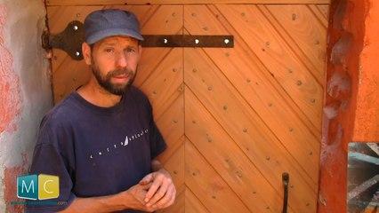 3 conseils pour poser une porte en bois