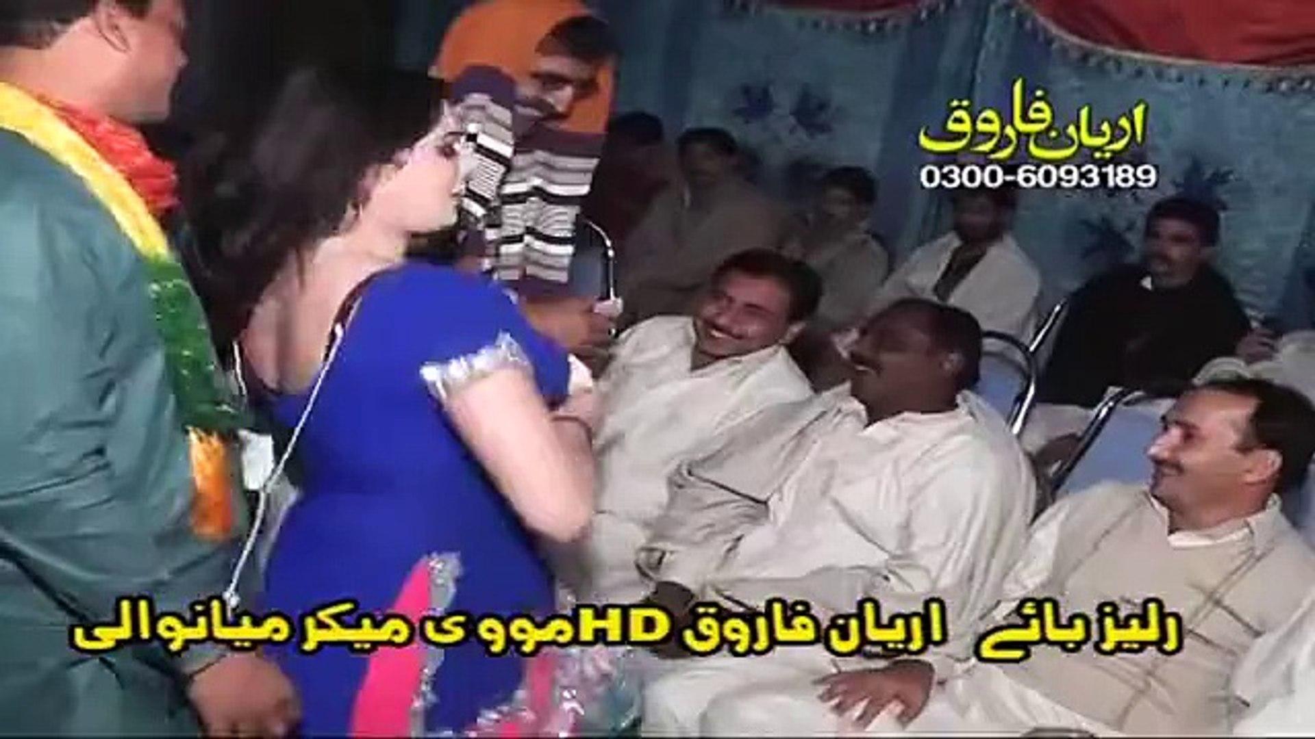 Wedding Night Mujra - Entertainment World