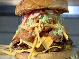 FOOD CHALLENGE! Arizona Cardinals want you to eat this monster burger - ABC15 Digital