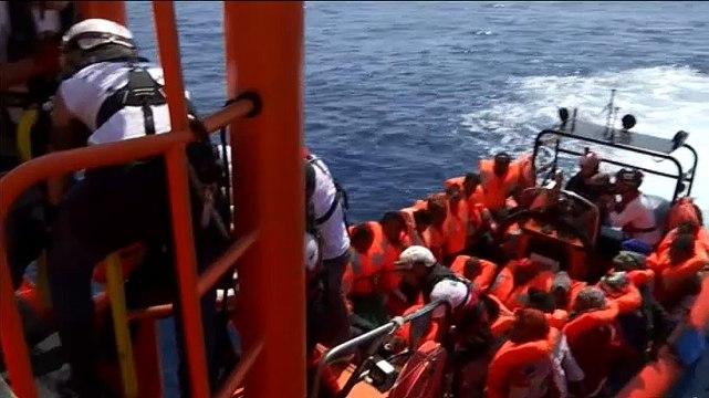 """Gobierno considera que España """"no es el puerto más seguro"""" para el Aquarius"""