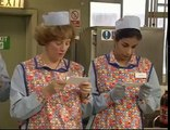 BBC Dinnerladies  S1E5   Party Comedy)