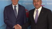 Rusya Federasyonu Dışişleri Bakanı Sergey Lavrov'u, Bakan Çavuşoğlu'u Karşıladı