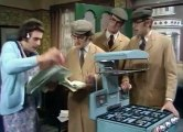 Monty Pythons Flying Circus S02 - Ep01 Dinsdale! HD Watch
