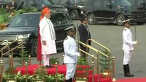 PM Modi inspects the Guard of Honour at Red Fort on Independence Day  | OneIndia News