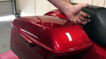 Harley-Davidson Road Glide Special Saddlebag Removal