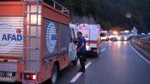 Bursa-Ankara Karayolunda Zincirleme Trafik Kazası: 1 Kişi Öldü, 12 Kişi Yaralandı