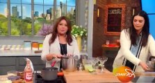 Rachael Ray S12 - Ep120 Grilled Buffalo Chicken Pizza + Dr. Drew Gets Real With Relationship Advice For Audience Members HD Watch