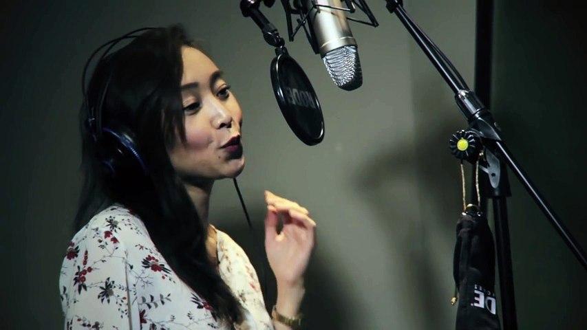 Chlara Fresh Eyes (acoustic)