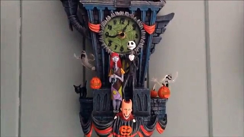 The Nightmare Before Christmas Cuckoo Clock Demonstration & Review