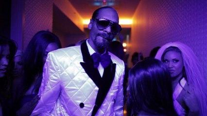 Snoop Dogg - Sweat
