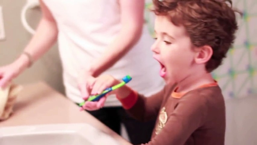 Brushing Your Childs Teeth